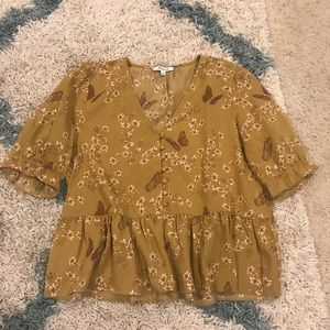 Madewell size L ruffle hem yellow gold blouse top